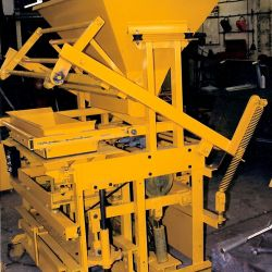 Semi-Dry Concrete Press